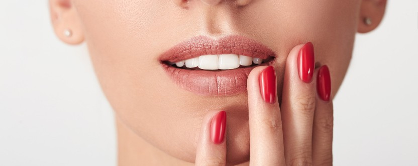 do veneers feel like real teeth? - Harley Street Smile Clinic